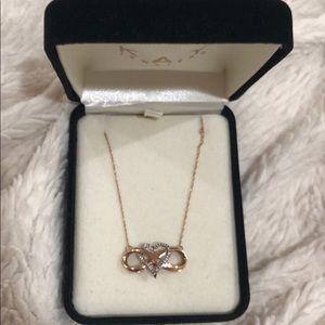 Kay Jewelers Infinity heart necklace